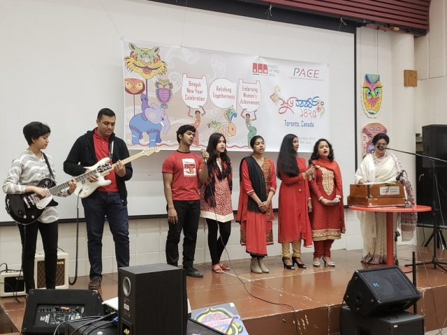 Opening songs by community youngsters